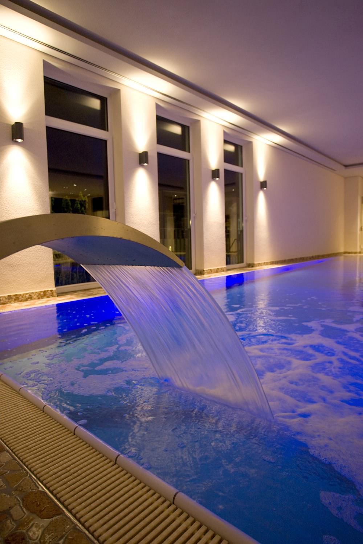 Hotel mit sauna und schwimmbad im sauerland hotel for Hotel munster mit schwimmbad
